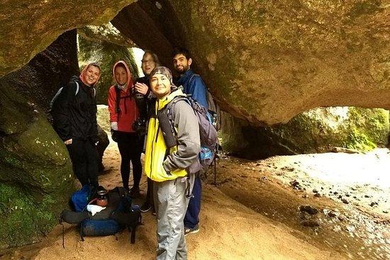 Trekking i hulene i Los Gigantes