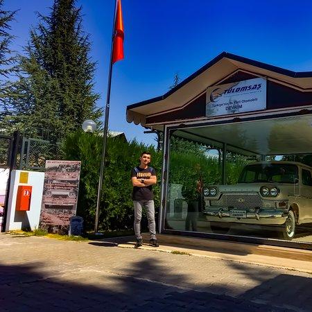 Eskisehir, Turkey: Ülkemin arabası. Gururla  Çok değerli ve muazzam bir makine. Mühendisimizin başarısı . Yıllardır yakından görmek istiyordum ve nasip oldu. #devrim
