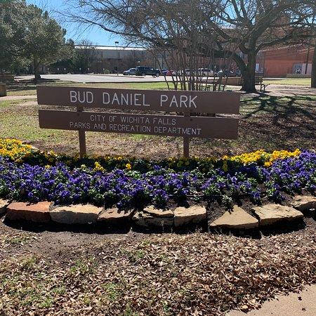 Bud Daniel Park