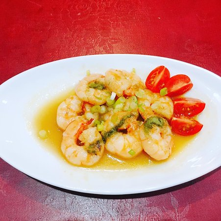 Natural shrimp steamed with Organic white wine