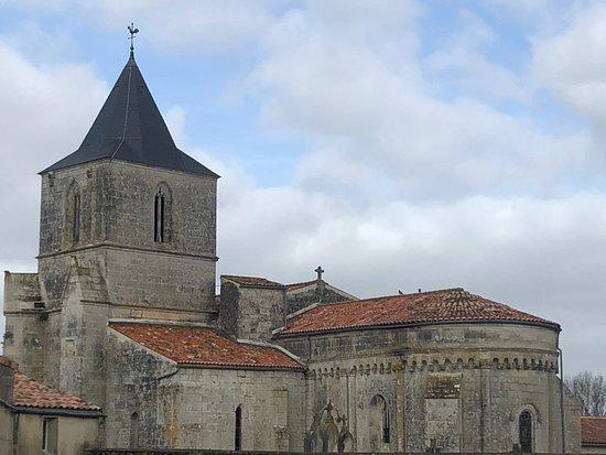 Eglise de Champdolent