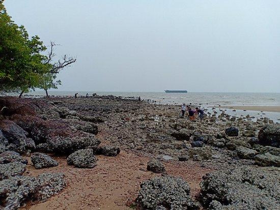 Pulau Konet
