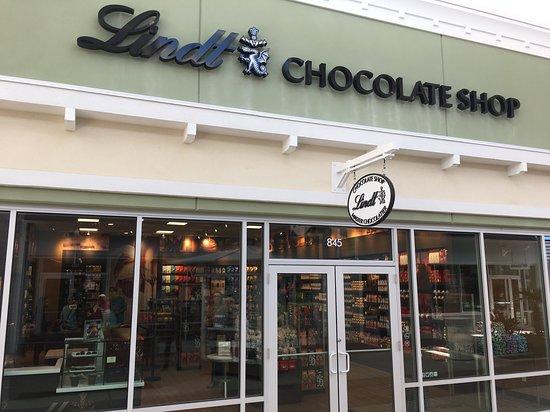 Lindt Chocolate Shop