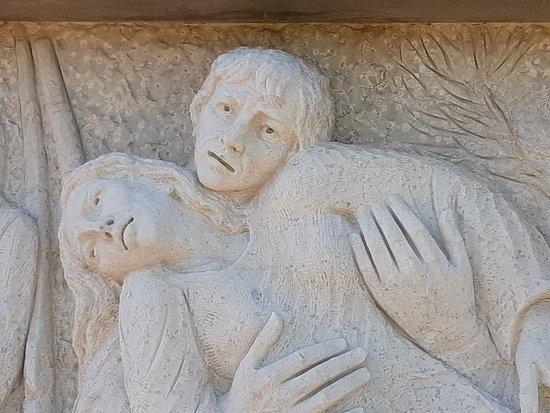 Monumento Alle Vittime dell Eccidio del Padule di Fucecchio