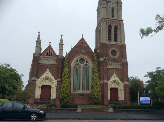 ‪St. Cuthbert's Presbyterian Church‬