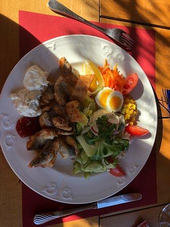 Rorschacherberg, Suiza: Sehr feines Essen und wunderschöne Aussicht.