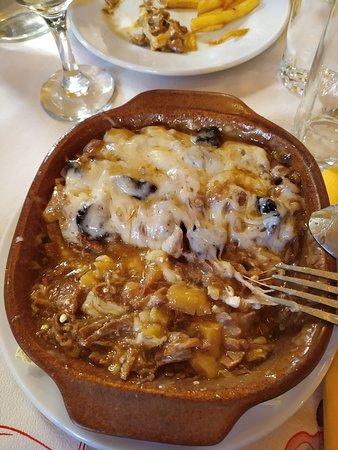 Tsepelovo, Greece: Το πιάτο της αρκούδας