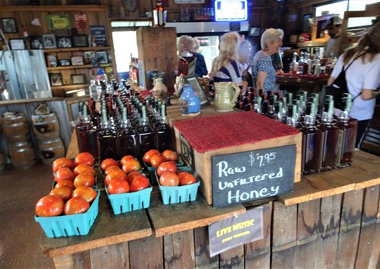 Yalaha, FL: Inside  Distillery