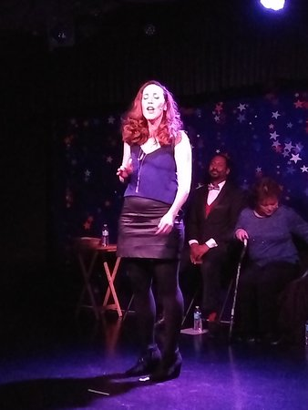"""Sultry Katie Pond singing in """"LOVE in the USA"""" cabaret performance"""