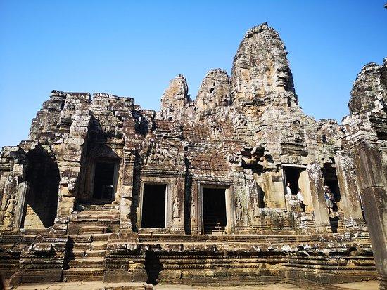 Sunrise at Angkor Wat, Bayon and Ta Prohm Temple Tour: Bayon temple