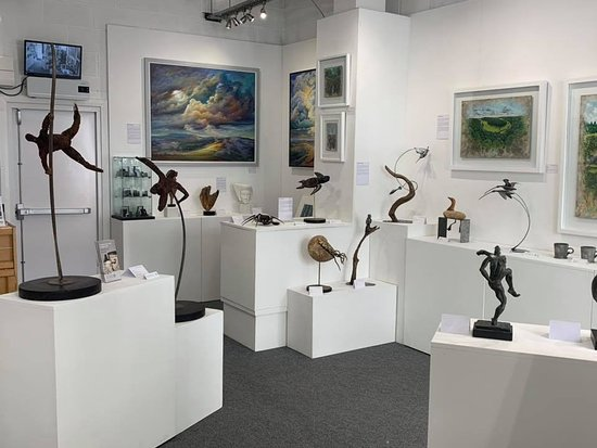 Monmouth, UK: Gallery Interior