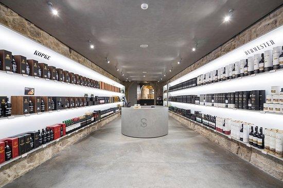 Sogevinus Wine Shop - Rua das Flores