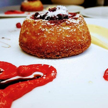 Tortino San Valentino , cuore caldo bergamotto e frutti con crema chantilly..!!!👍