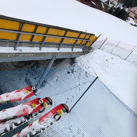 Ośrodek Narciarski Henryk-Ski