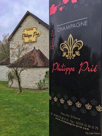 Neuville-sur-Seine, France: Champagne Philippe Prié