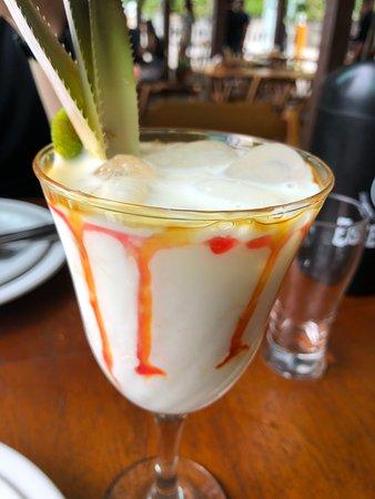 Nacanoa Oyster Bar: Piña Colada.