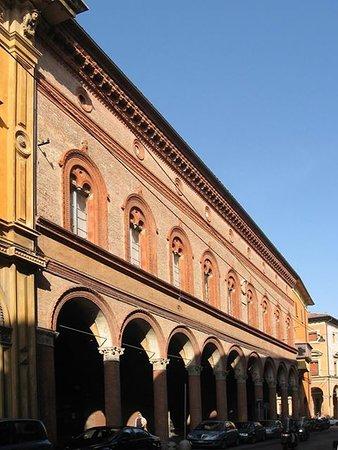 Palazzo Felicini-Fibbia, sede del Museo delle Bambole di Bologna.