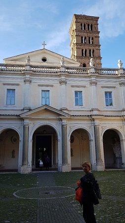 Una pequeña Basilica , en el Aventino