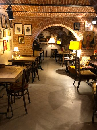 cafenea shop dating site)