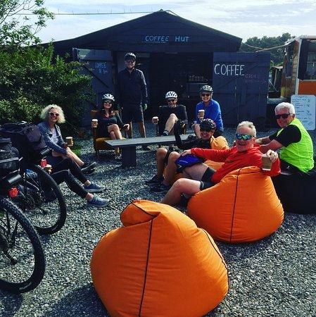 Kumara, Новая Зеландия: Enjoying a cup pa during the cycle way trip