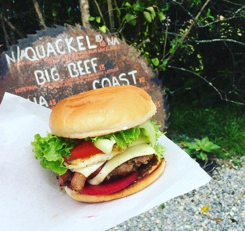 Kumara, Новая Зеландия: Breakfast burger...yummy