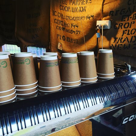 Kumara, Новая Зеландия: Get your fix at the coffee hut