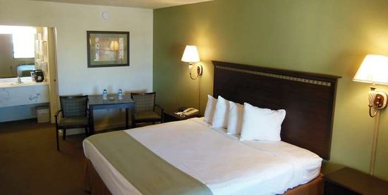 Abbeville, AL: Guest Room