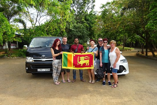 ‪Sri Lanka Tours with Dinesh‬