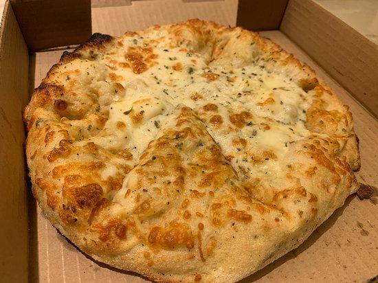 Cheesy Garlic Bread Picture Of Pizza Garden Vancouver Tripadvisor