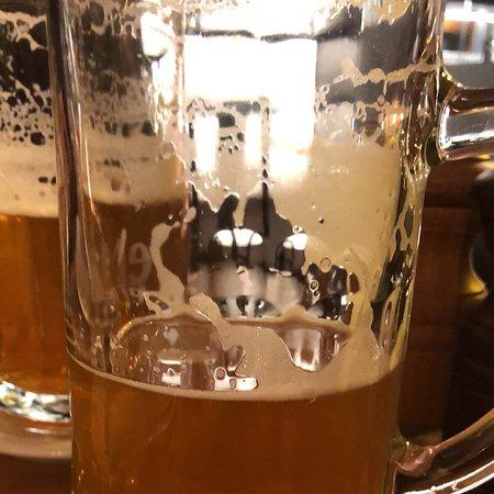 Pyszne jedzenie i zacne piwo