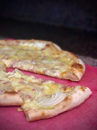 Pizza Flammekueche