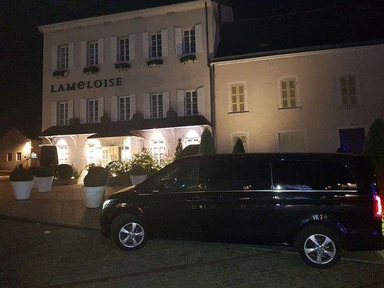 L'Hay-les-Roses, Frankrig: Taxi Confort, c'est une équipe de Chauffeurs de Taxi à L'Haÿ-les-Roses, Cachan, dans le Val-de-Marne et vers toute l'Île-de-France.
