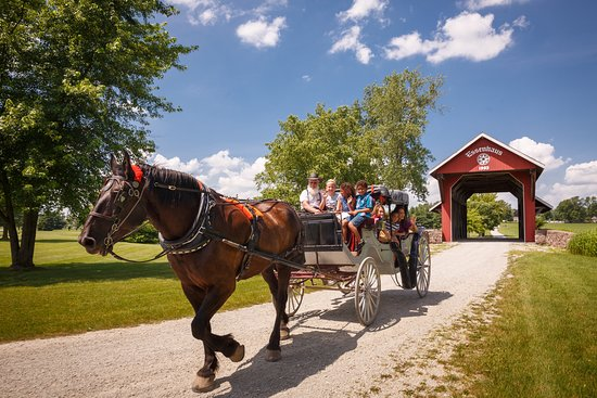 Middlebury, IN: Essenhaus Carriage Rides