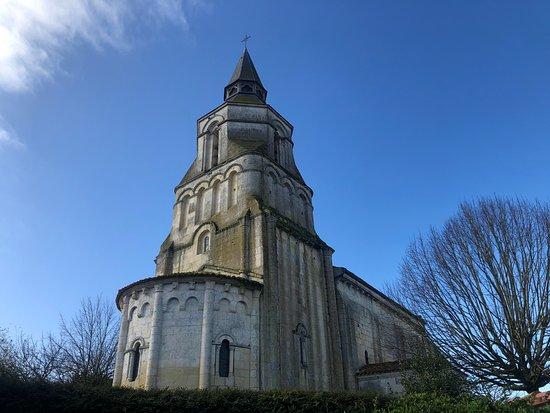 Colombiers, Франция: Eglise de Colombriers