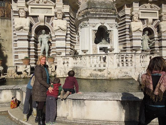 Luisa Testa - your personal tour Guide in Rome