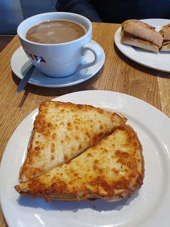 Nice coffee and food