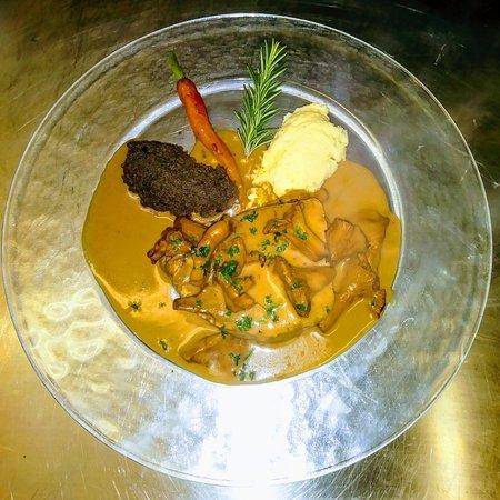 Filet de boeuf charolais et ces mousses de légumes au menu st Valentin