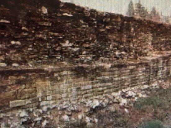 Mura e Terme Romane
