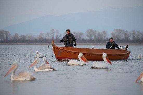 Χρυσοχώραφα, Ελλάδα: Nikolaos e Dimitri sulla barca per le escursioni