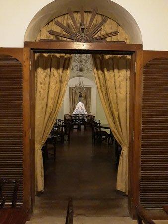 Eingang zum Speisesaal