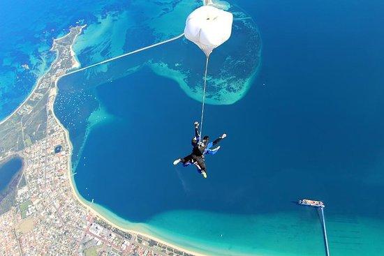 Fallschirmspringen Perth von 15000ft mit Strandlandung