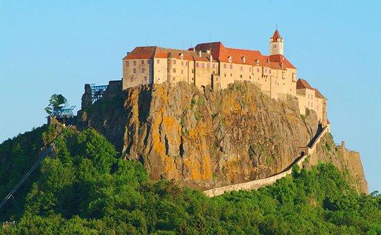 Замок Ригерсбург в Штирии