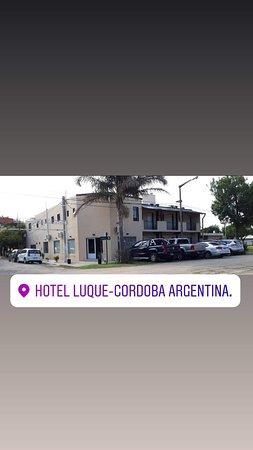 Luque, Argentina: Un Hotel Familiar que combina el equilibrio entre servicio, amabilidad y confort!!!!