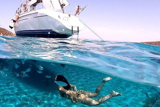 阿西納拉島國家公園的帆船遊覽