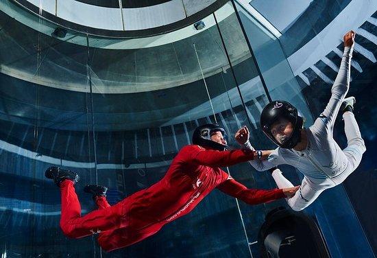 Saut en parachute intérieur Charlotte iFLY