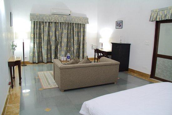Balcony Area – obrázek zařízení The Jhadol Safari Resort, Ganeshpura - Tripadvisor