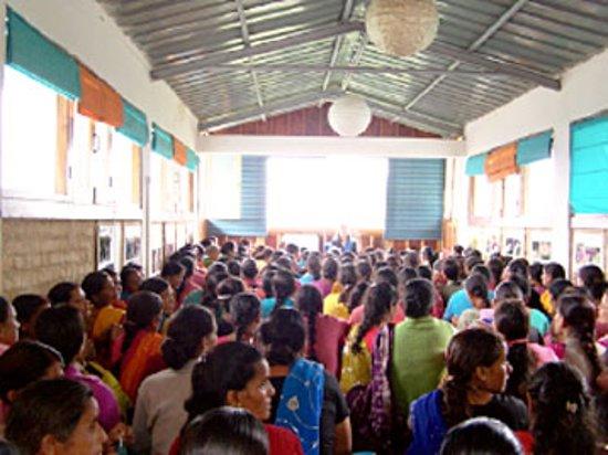 Ranikhet, Ινδία: Annual Farmer member meeting at the house of Umang