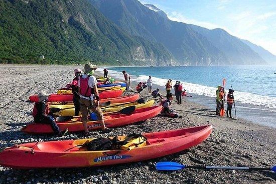 Ảnh về Hualien tour - Qingshui Cliff Sea Kayaking in Hualien