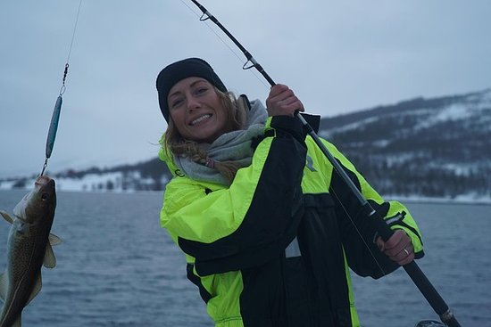 Viagem de pesca com catamarã de luxo...