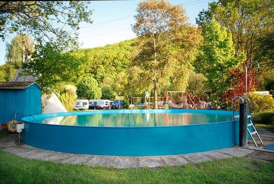 Pool auf dem Campingplatz Auenland/Lahntal Brungershausen